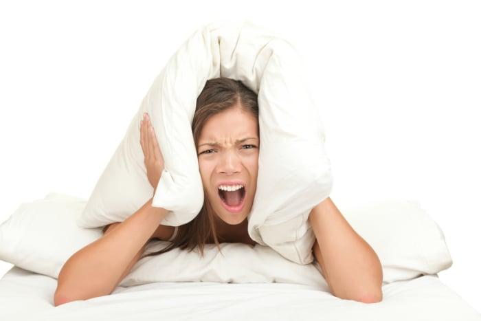 нарушение сна и стресс у кормящей мамы