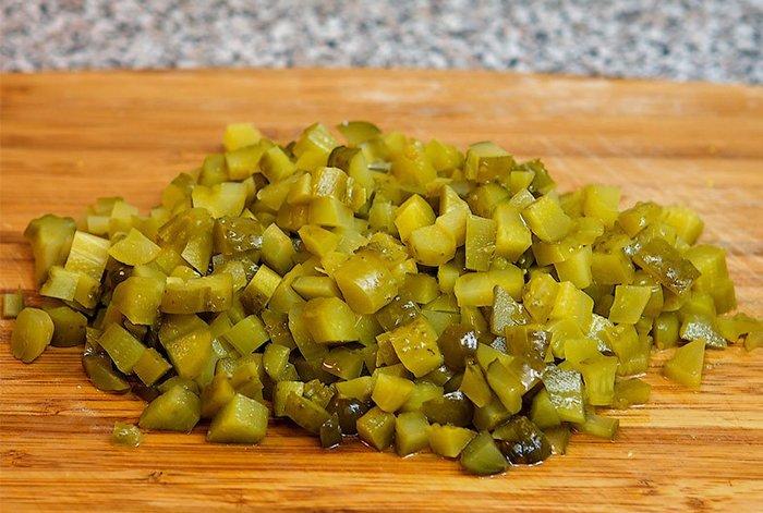 соленые огурцы в оливье при грудном вскармливании