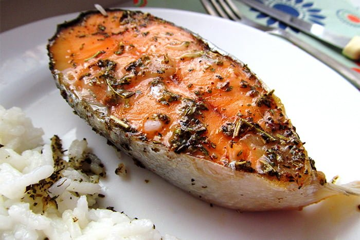 красная рыба в духовке для ребенка