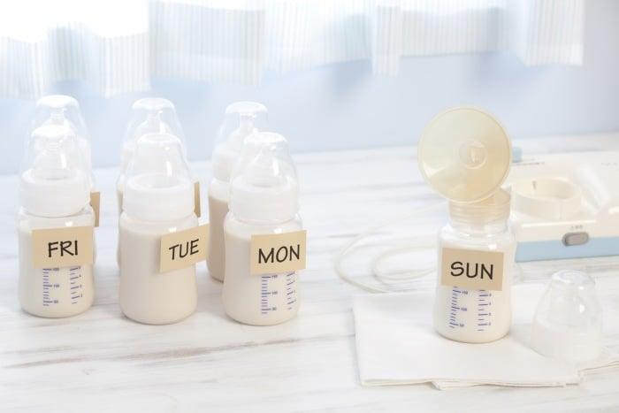 бутылки для хранения грудного молока