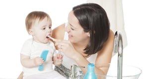 уход за зубами новорожденного