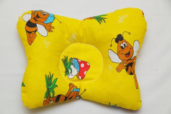 подушка-бабочка для новорожденного