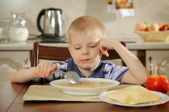 ребенок не хочет есть суп