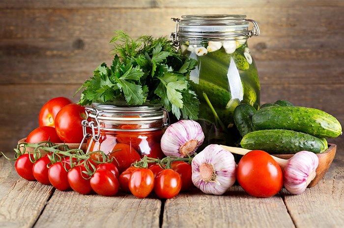 соленые огурцы и помидоры для кормящей мамы