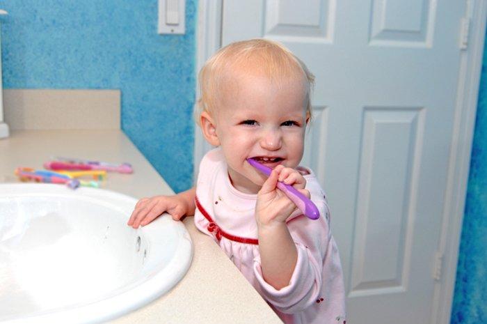 смена зубной щетки