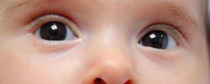глаза у грудничка