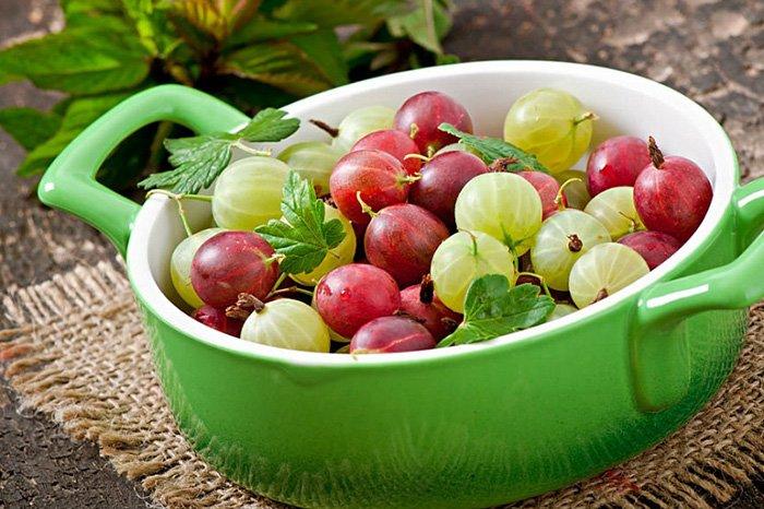 ягоды в рационе кормящей мамы