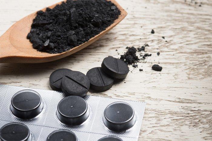 активированный уголь при отравлении таблетками