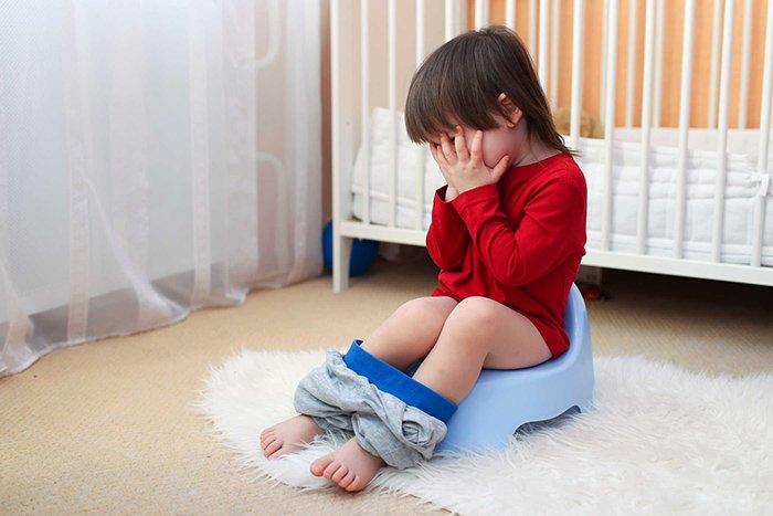 ребенок не может сходить в туалет