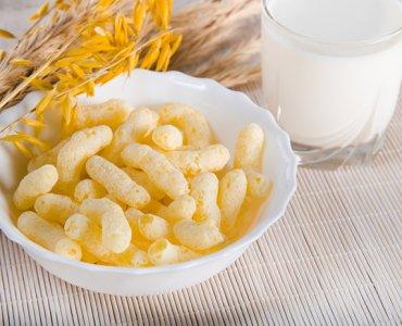 кукурузные палочки с молоком