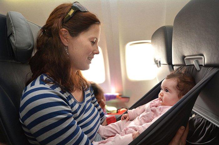 с грудничком в самолете