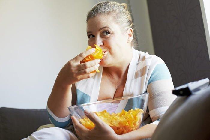 вред чипсов для организма кормящей мамы