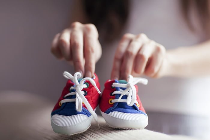 обувь на шнурках для малыша