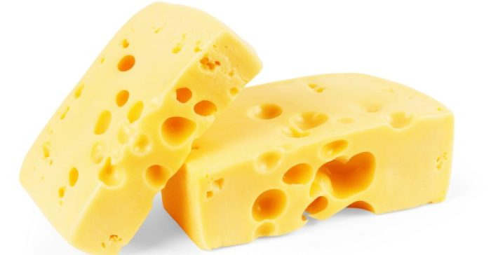 Когда можно сыр детям