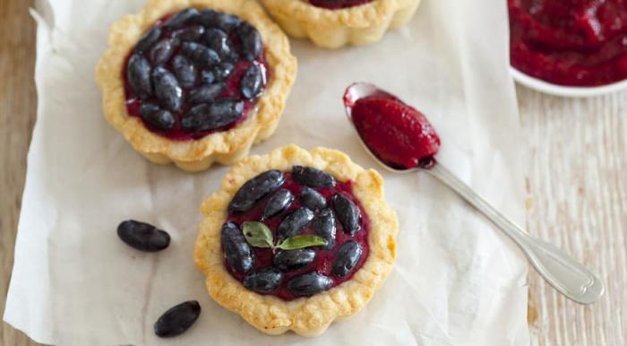 Рецепты с жимолостью для детей и кормящих мам