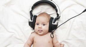 Как развивается слух у ребенка