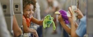 Что взять в самолет для ребенка