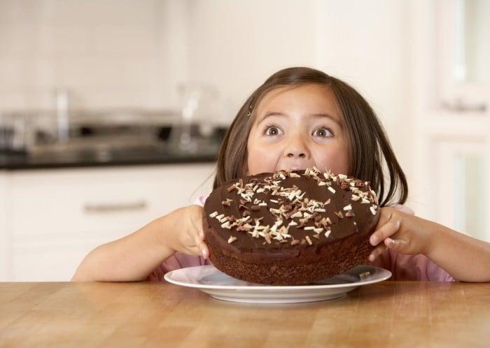 Вред шоколада для детей