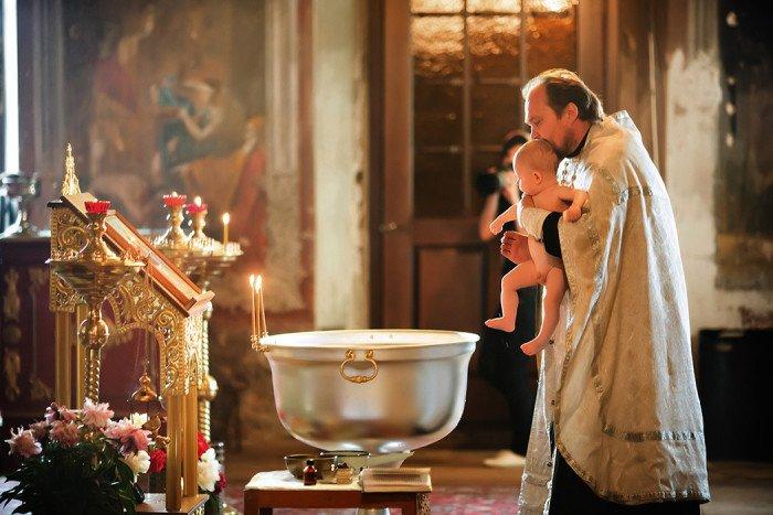 Где крестить новорожденного