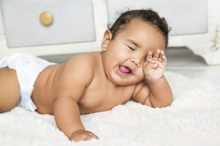 Почему ребенок просыпается ночью