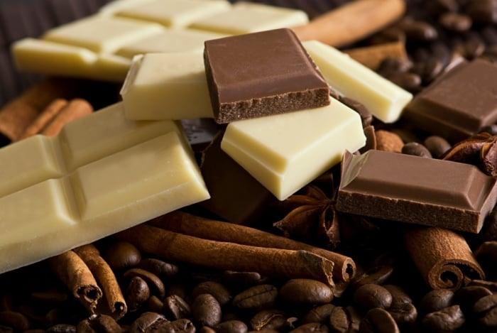 Черный и белый шоколад детям
