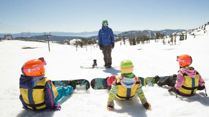 Учим ребенка кататься на сноуборде