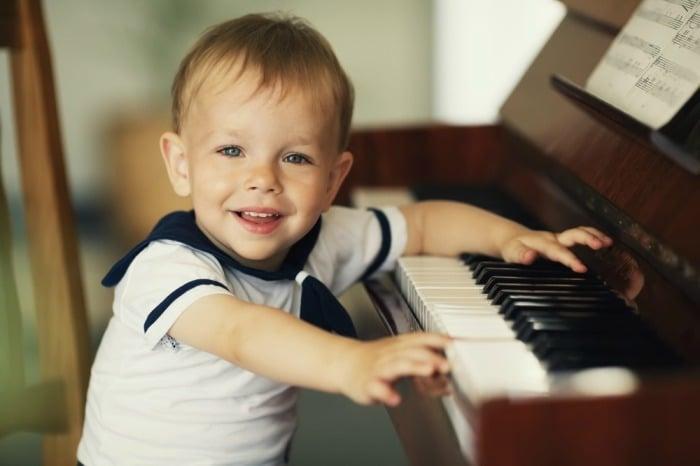 Польза классической музыки для ребенка