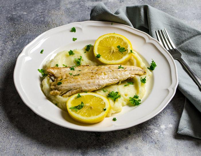 Блюда с морским окунем