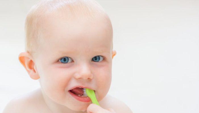 Зубные щетки для малышей