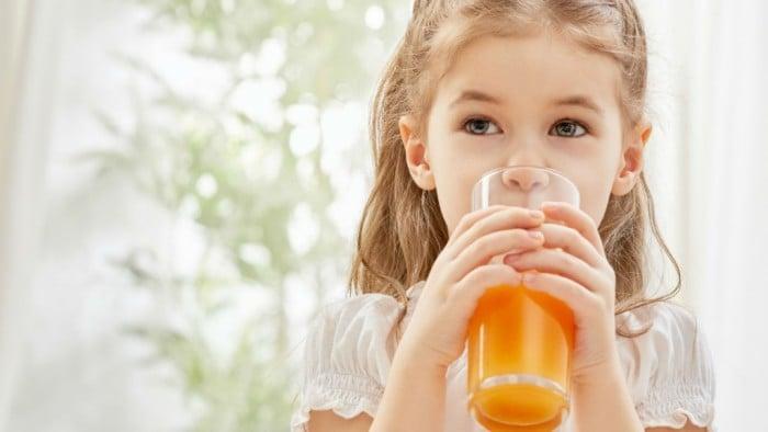Морковный сок детям
