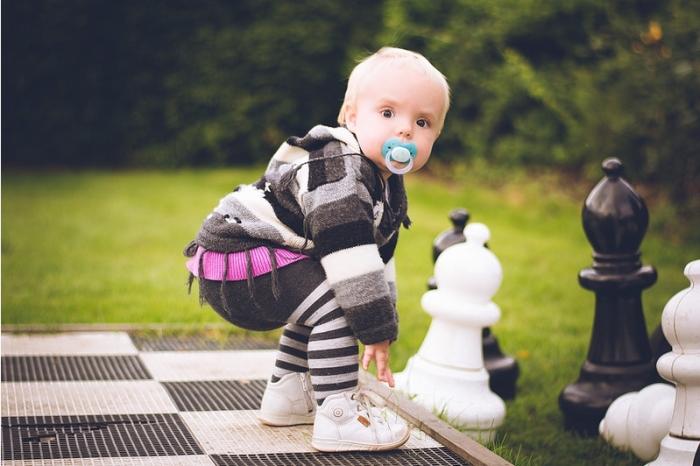 С какого возраста учить ребенка шахматам