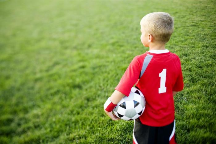 Футбол для ребенка